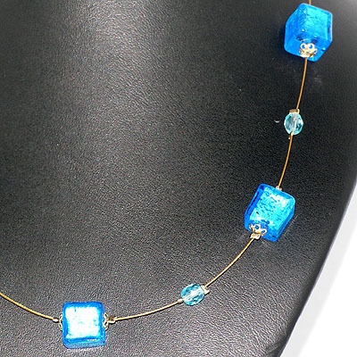 5 Cubo Necklace